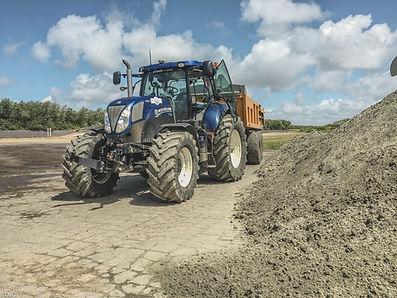 New Holland grondverzet dumper