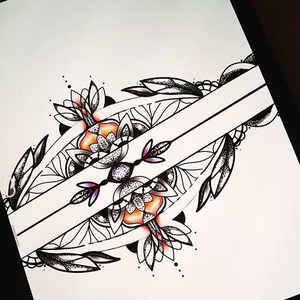 Details of armband mandala custom design