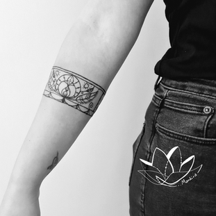 armband+post.png