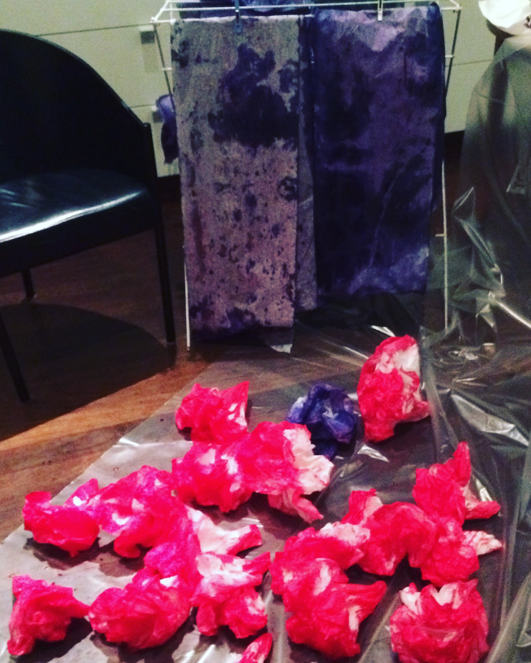 Hand dying flowers