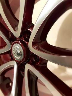 Nissan Juke Diamond Cut in Candy Red
