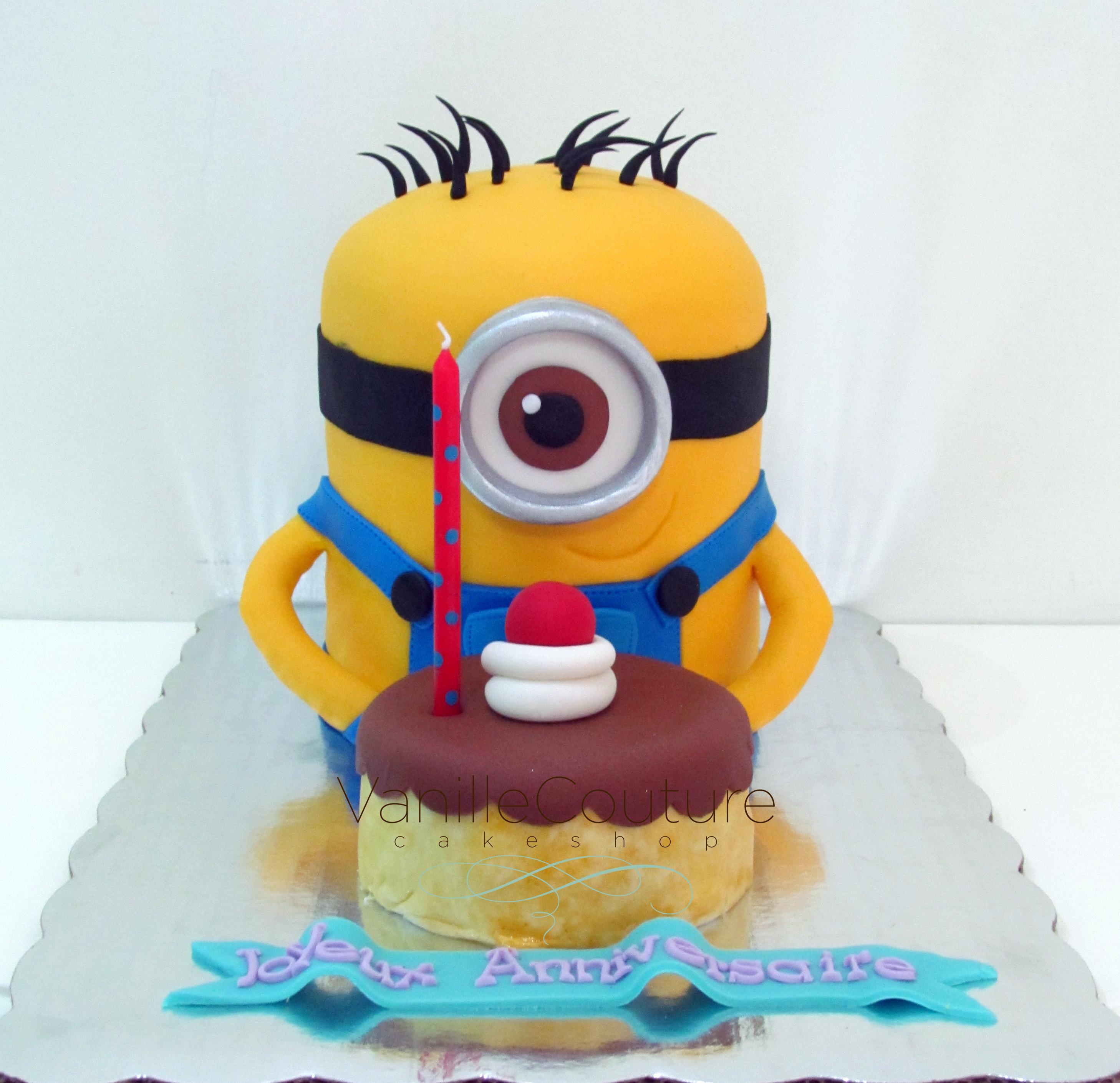 Minion con pastel 3D