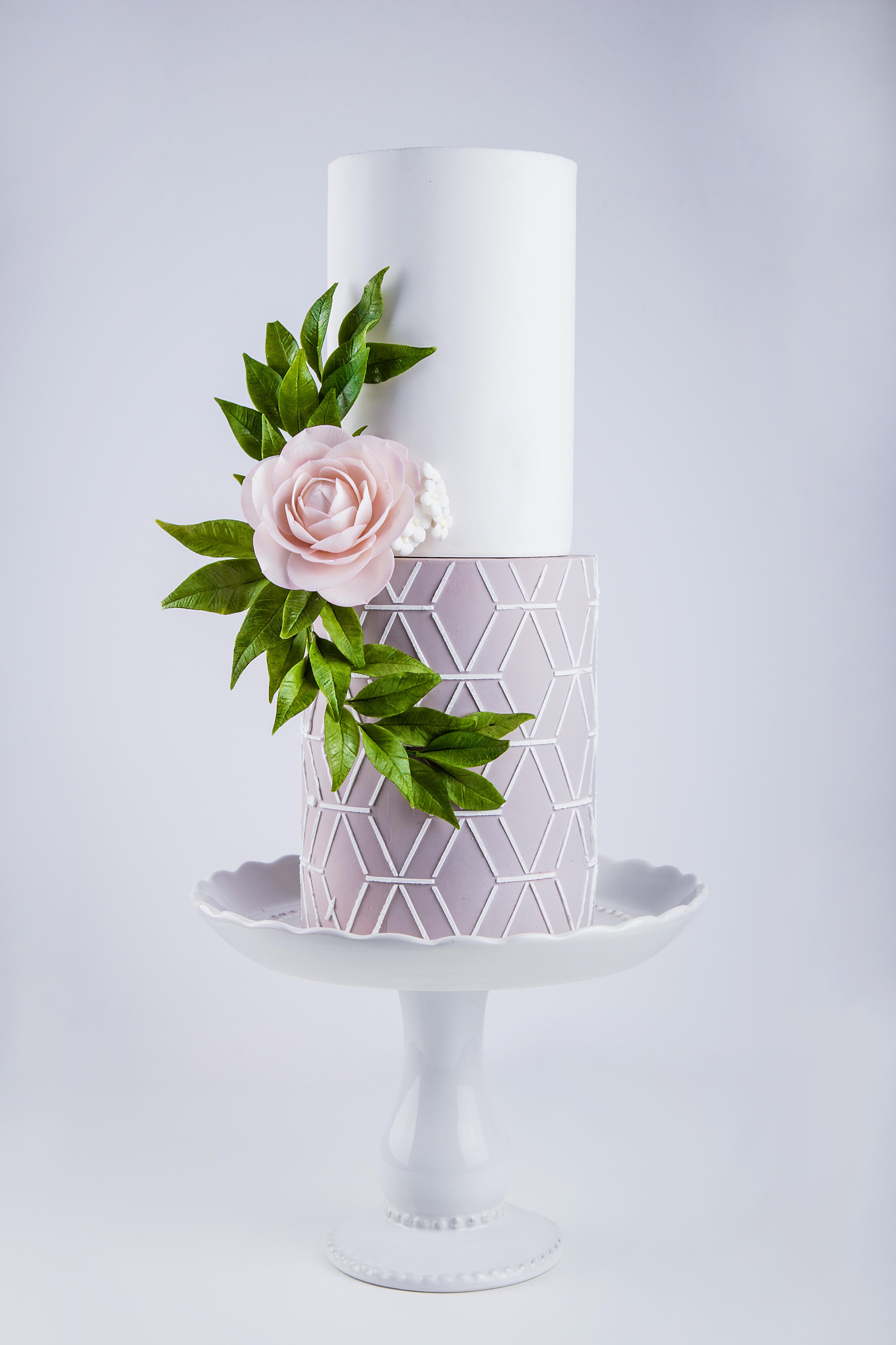 Pastel de boda geométrico