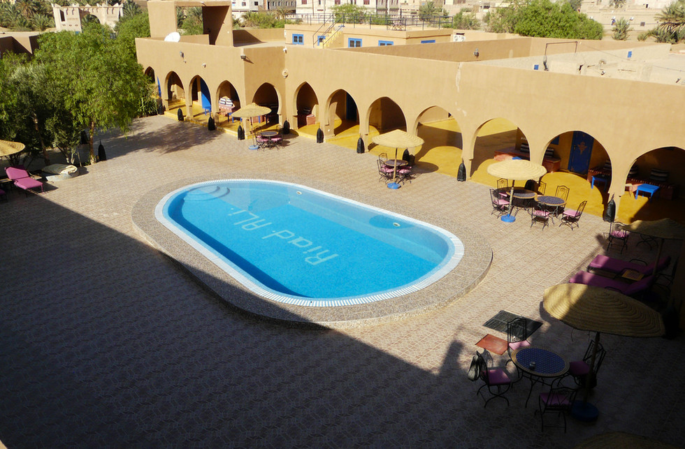 Hotel 10.jpg