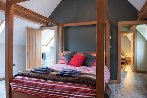 001_Finch_Cottage_Bedroom 1.jpg