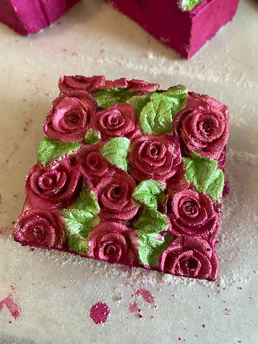 Spa scented bath bomb- Rose design brick