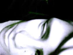 Autoportrait-allonge-Neg.jpg