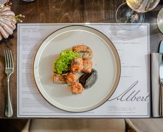 Albert Bar Food