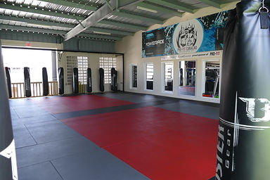 Kickboxing & MMA Curacao, Thaiboxing, ProFit Curacao Martial Arts & personal training