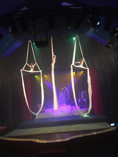 Die Nussknacker-Revue - Zirkus Cabuwazi