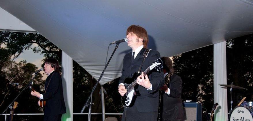 Beatlemania1[1].jpg