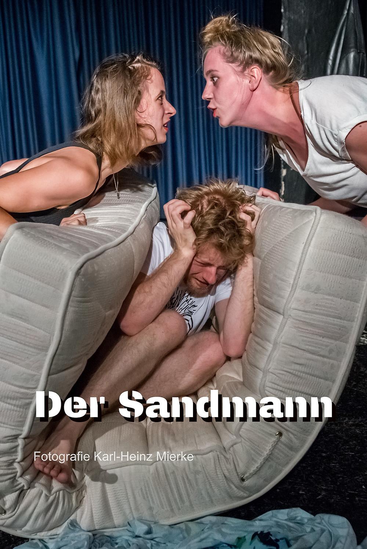 DER SANDMANN mit Marie Schröder, Sasha Bornemann, Hanna Pelz