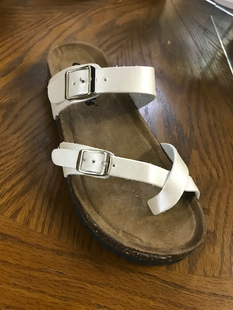 Outwoods With Toe Strap