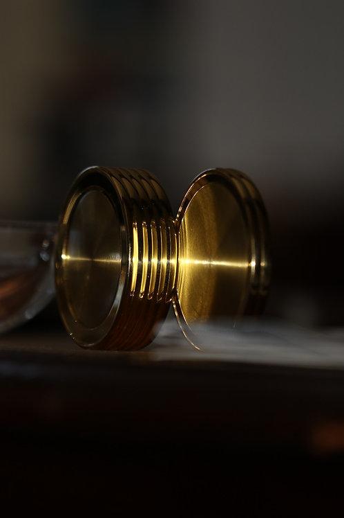 180mm. F/3.5. ISO100