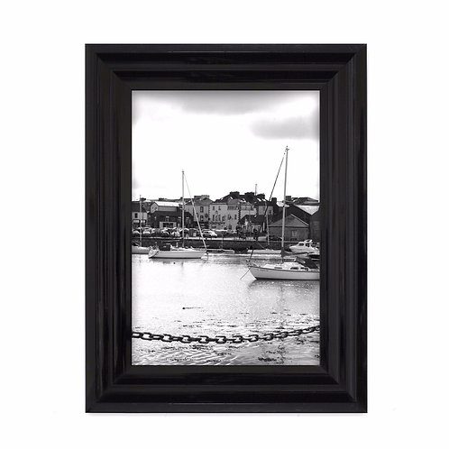 A4 Glossy black resin Frame with no mount