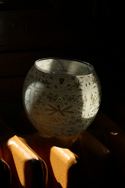 Vase and shadows