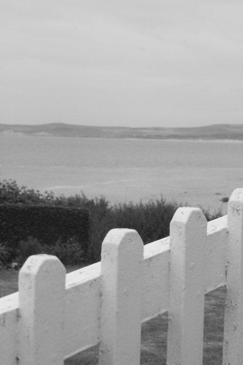 Sea's gate