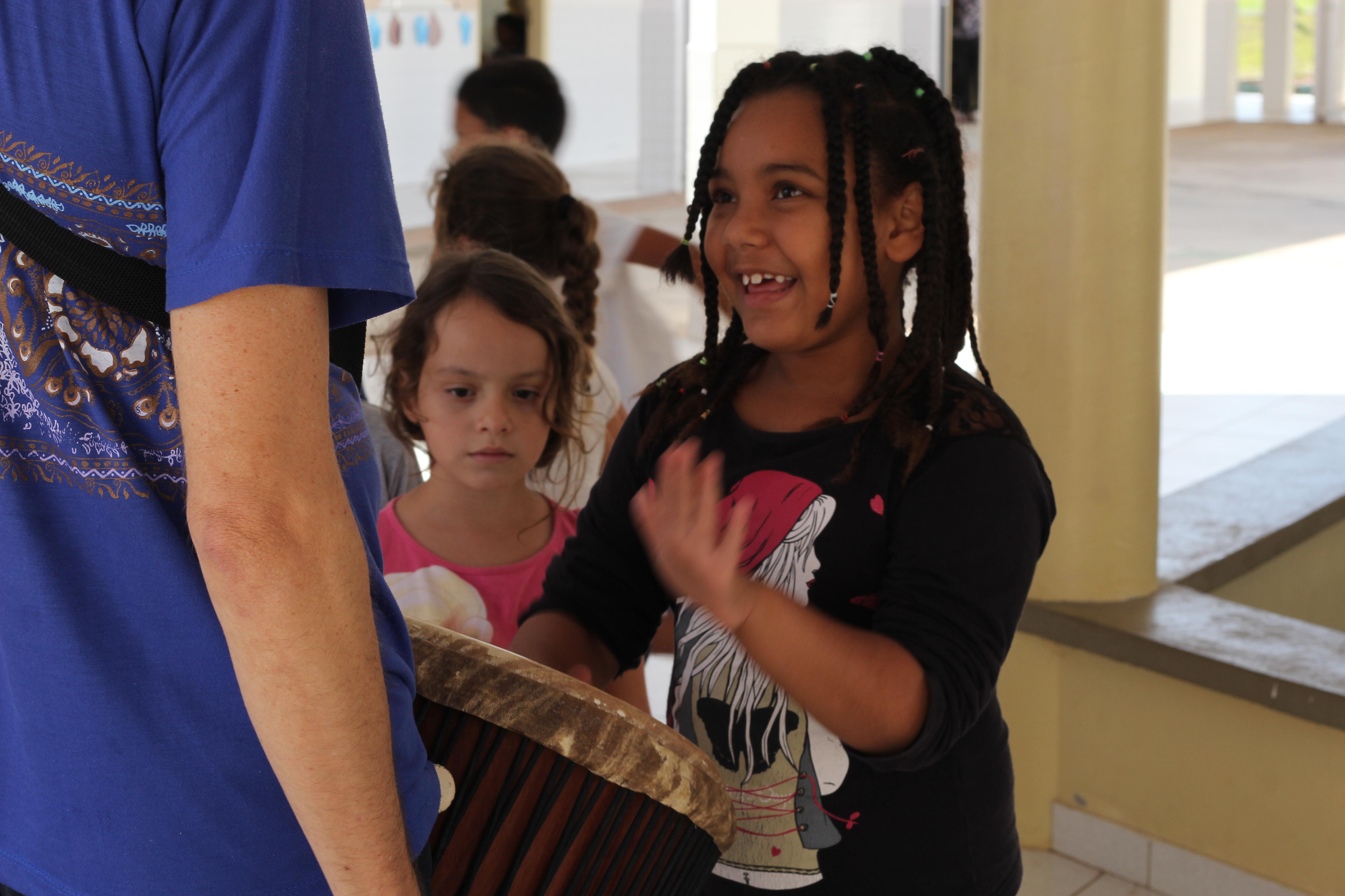 Projeto Cafuá vai às escolas