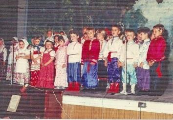 1977  4
