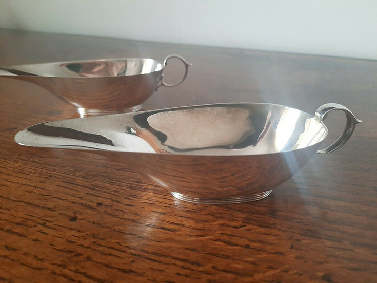 Two solid silver sauce boats Birmingham 1937