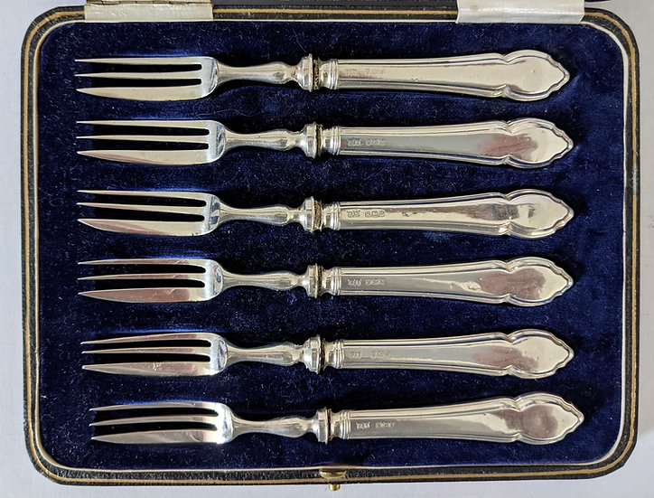 Silver London 1902 Mappin & Webb Cake Forks Silver Handled