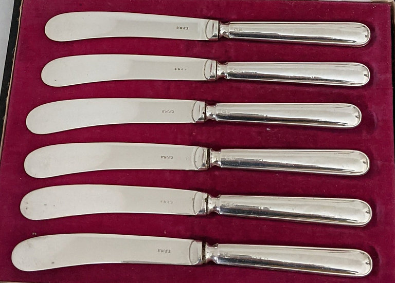 Six Silver Handled Butter Knives In Fitted Box. Hallmarked 1921
