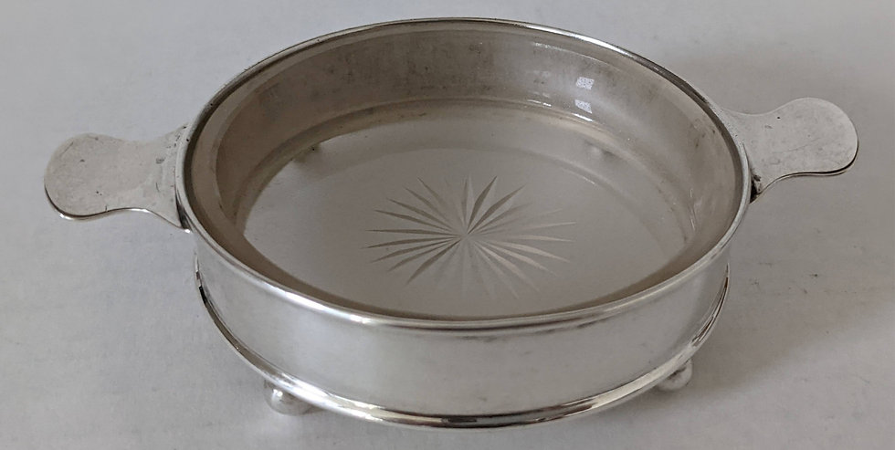 Hallmarked Silver 2 handled Butter Dish with Frosted Glass insert, Chester 1922