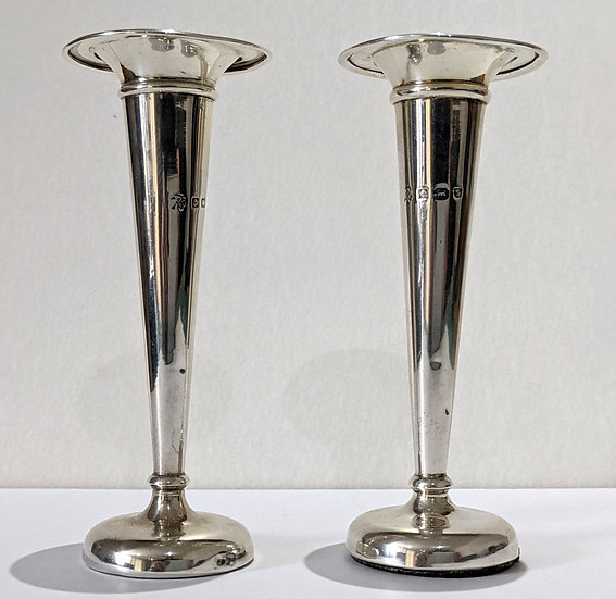 """1905 A Pair of Sterling Silver Trumpet Posy Vases Birmingham - 4""""Tall"""