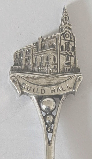 W.W.1 NORWICH GUILDHALL SOLID SILVER SOUVENIR SPOON CHESTER 1915