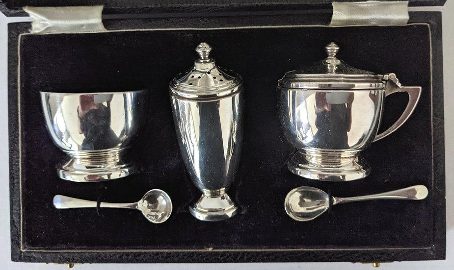 Sterling silver ART DECO cruet set - 5 Piece set in original Fitted Case