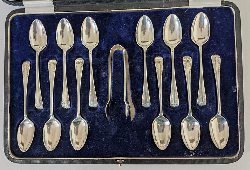 Antique Hallmarked Silver box Set of Twelve Teaspoons and Tongs  Sheffield 1918