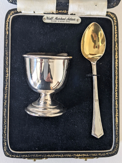1972 Hallmarked Silver Egg and Spoon Set in it's Case Birmingham 1972