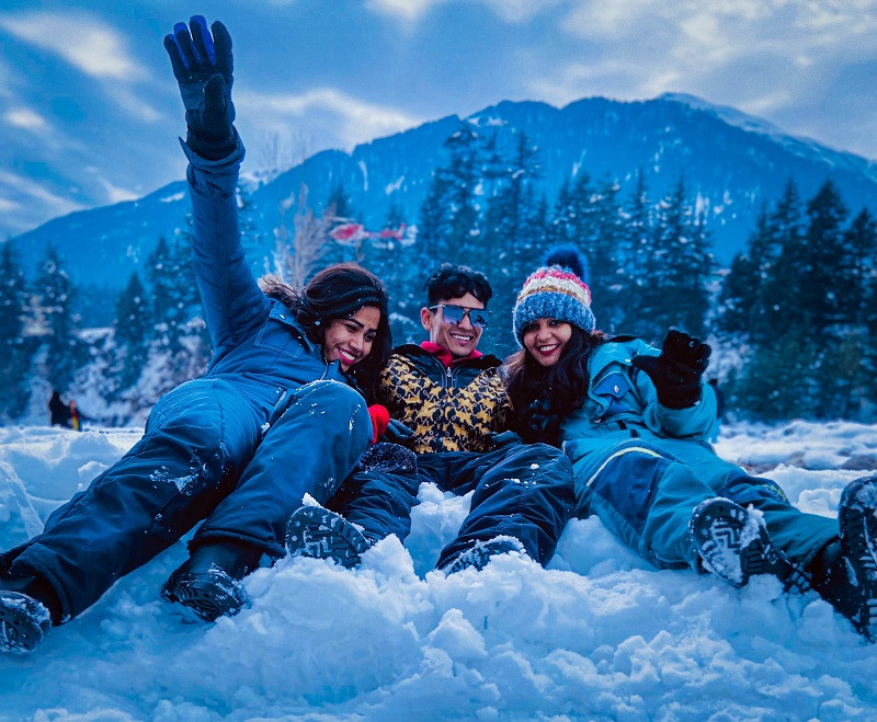 Solang Valley is a hub of Adventure Activities in Manali