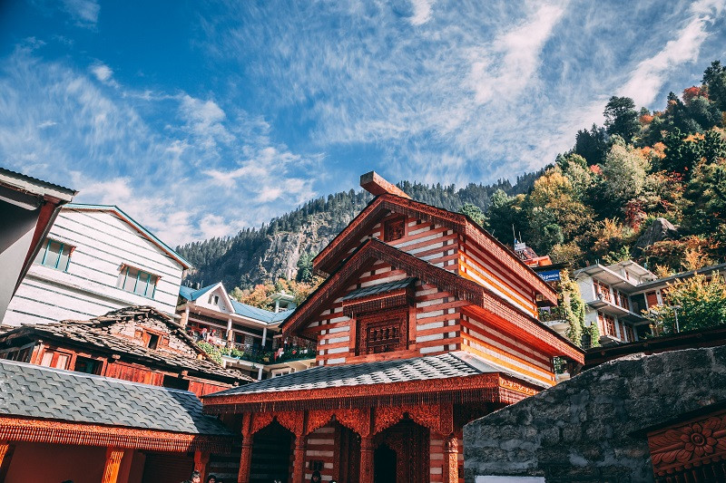 Named after Vashisht Muni, Vashisht Village is among the key places of interest in Manali