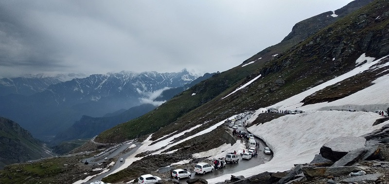 Rohtang Pass is the most popular tourist place near Manali