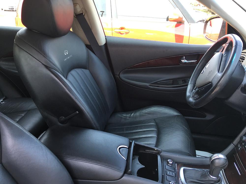 Beautiful Black Leather Seats in this Infiniti
