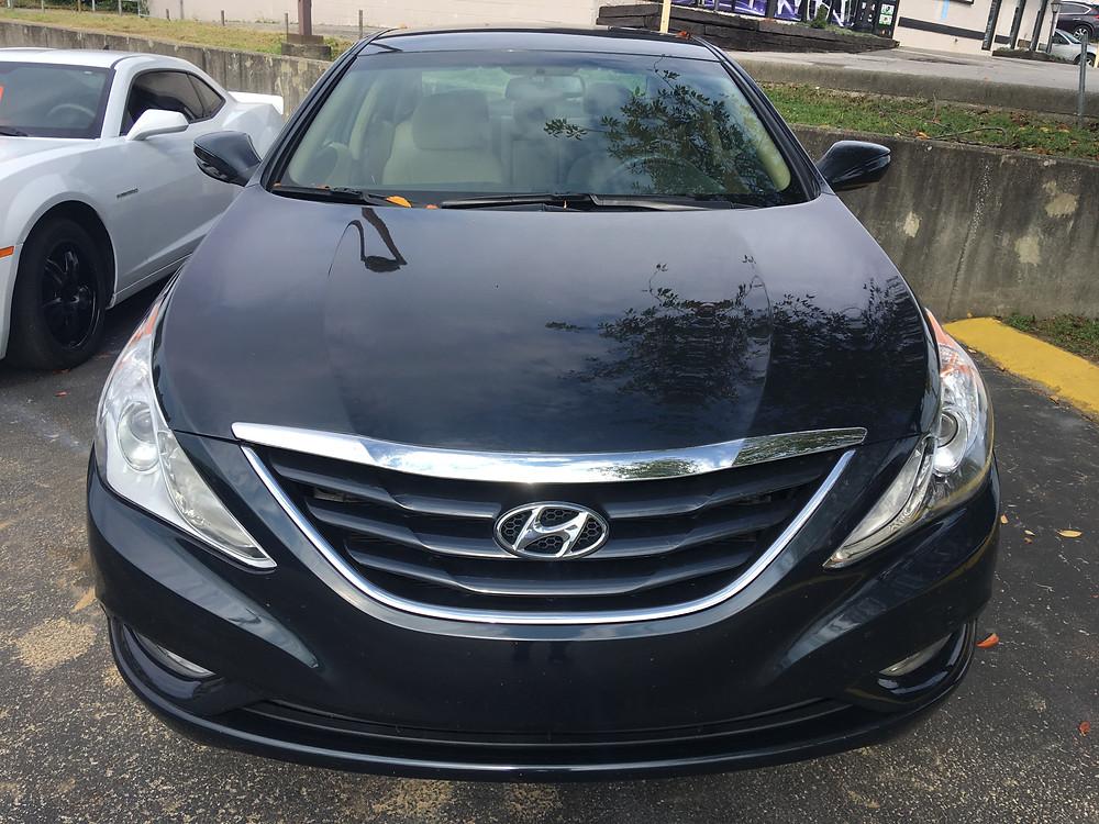 Front View: Hyundai Sonata