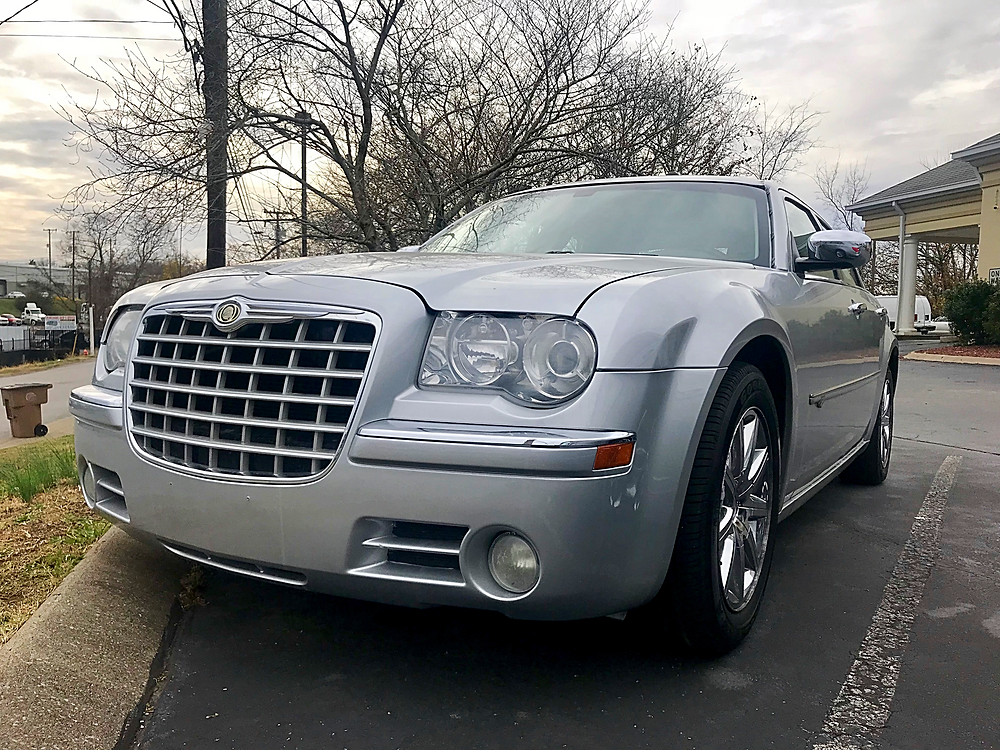 Chrysler 300 at BlueCAR