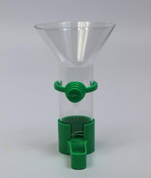 FUNNEL FEEDER w/PLASTIC CLIP SML