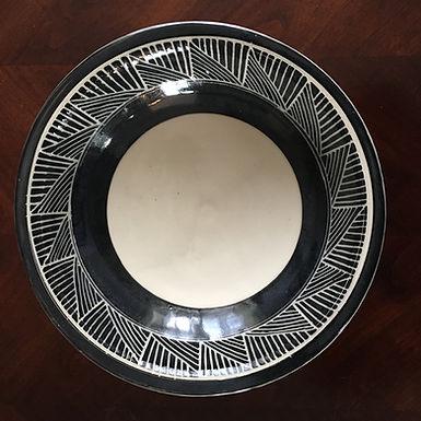Black & White Serving Bowl