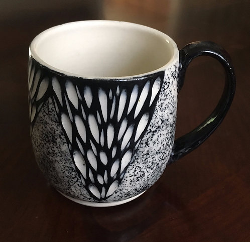 Black & White Cup - Rising Valley