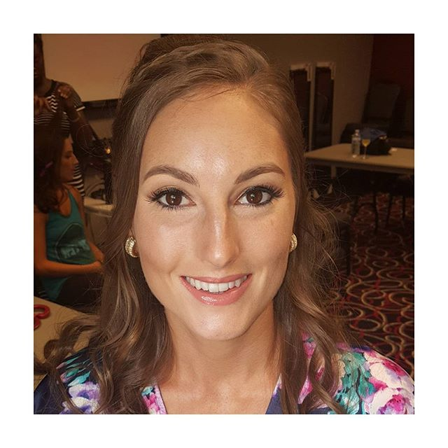 Because #bridesmaids need #glam too. Today's  #weddingday 💄by me. 💇 by Morgan