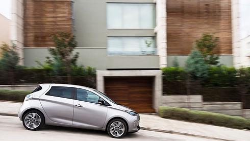 Renault_Zoe-03_2x.jpg