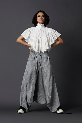 Sleeveless V Frill Shirt