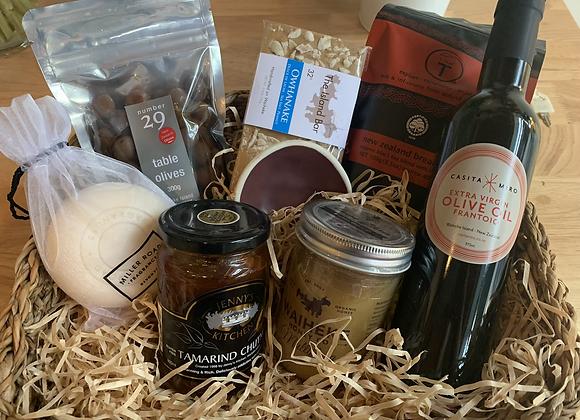 Large Gift Basket - Waiheke goodies
