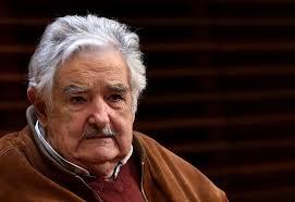José Mujica anunció su retiró de la política