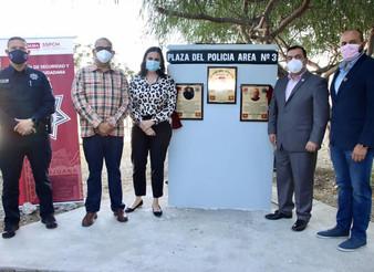 Inauguran la Plaza del Policía en colonia Cacho de Tijuana