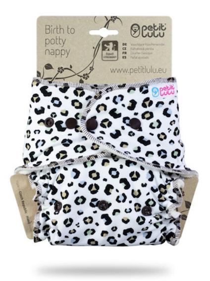manchas coloridas em branco - Ajustada One Size Nappy (molas) - edição limitada