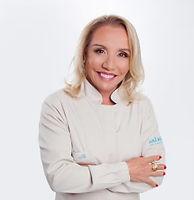 Dra-Magda-291x300.jpg