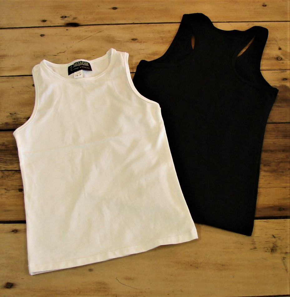 Camisoles sportives - Devant / Sport tank tops - Front